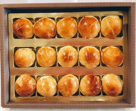 紅豆蛋黃酥